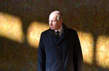 Журналист объяснил, почему Путина впервые официально признали больным
