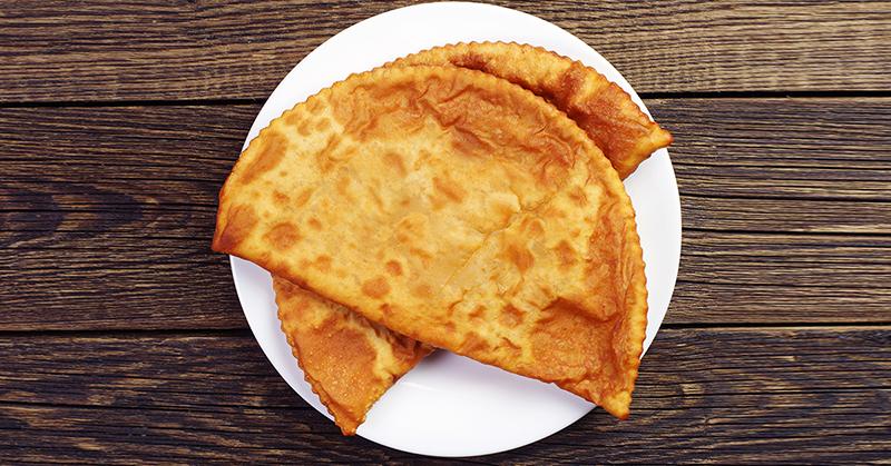 Вкусные, как чебуреки: болгарские ругувачки на кипятке, тесто мягенькое, как мочка уха