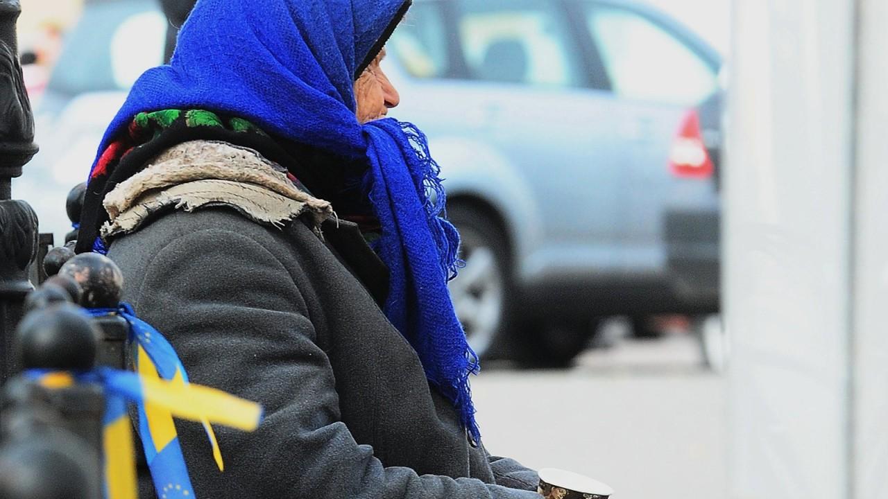 «Будут голодные бунты»: эксперты констатировали поголовную бедность на Украине
