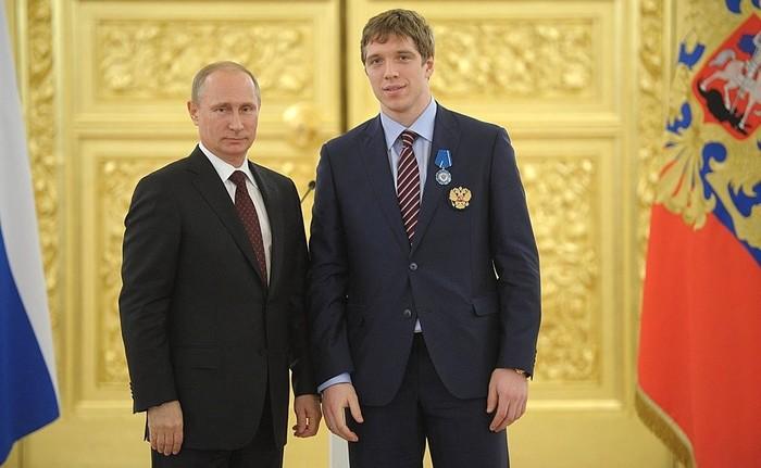 С орденом от Путина — в гражданство Канады