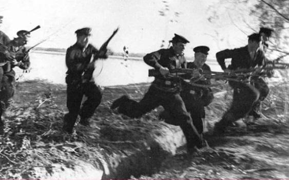 История появления морского клича «Полундра!»