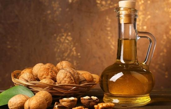 Все о настойке из грецкого ореха — рецепты и показания к употреблению. Какие болезни она помогает вылечить