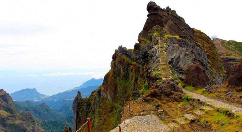 Вершина Пику-Руйву на острове Мадейра
