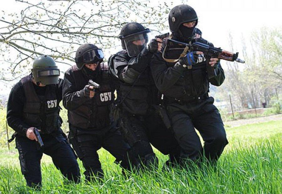 Крымчане недовольны: военные учения ВСУ на границе - провокация