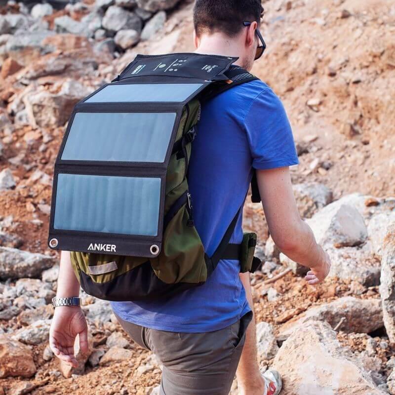 Солнечную энергию — в каждый рюкзак. Обзор зарядного устройства Anker Solar Charger 21Вт
