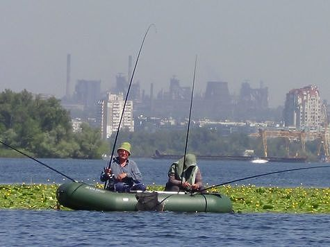 Рыбалка связывает родителей и детей