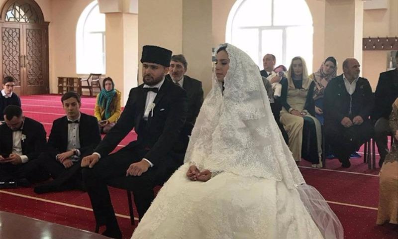 Джамала вышла замуж за молодого возлюбленного из Крыма