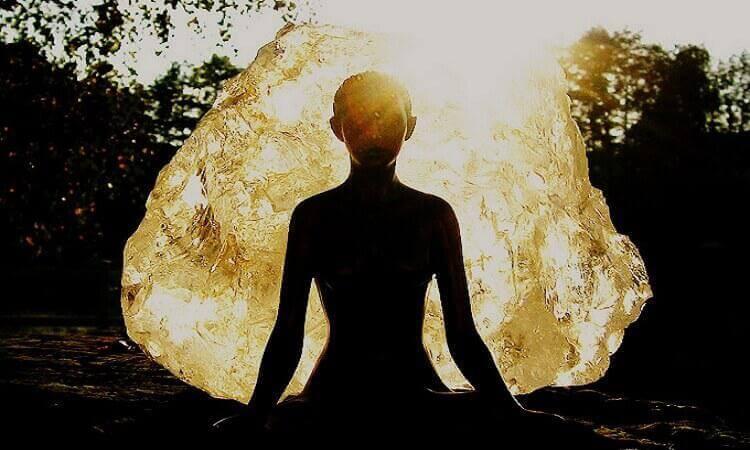 5 важных правил: как защитить себя и близких от чужой негативной энергии и дурного влияния