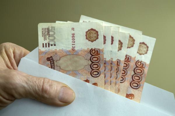 Россияне назвали виновников существования «серых» зарплат