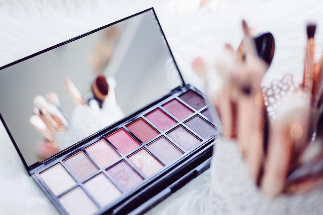 Секреты красоты: делаем макияж за 5 минут