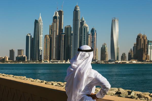 День радио в Арабских Эмиратах