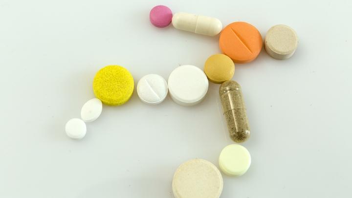 Ð' аптеках плацебо вмеÑто лекарÑтв за те же деньги? ДелÑгин объÑÑнил, что кроетÑÑ Ð·Ð° отменой Ñертификации лекарÑтв