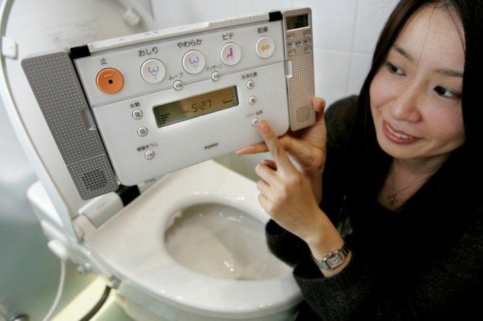 12 самых оригинальных и умных туалетов, которые придумали японцы