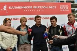 Уровень любительских соревнований в Ижевске оценили звезды биатлона