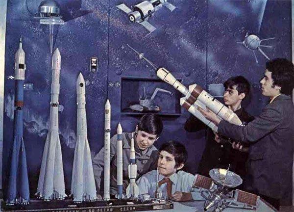 Кружок ракетного моделирования СССР, детство, кружки