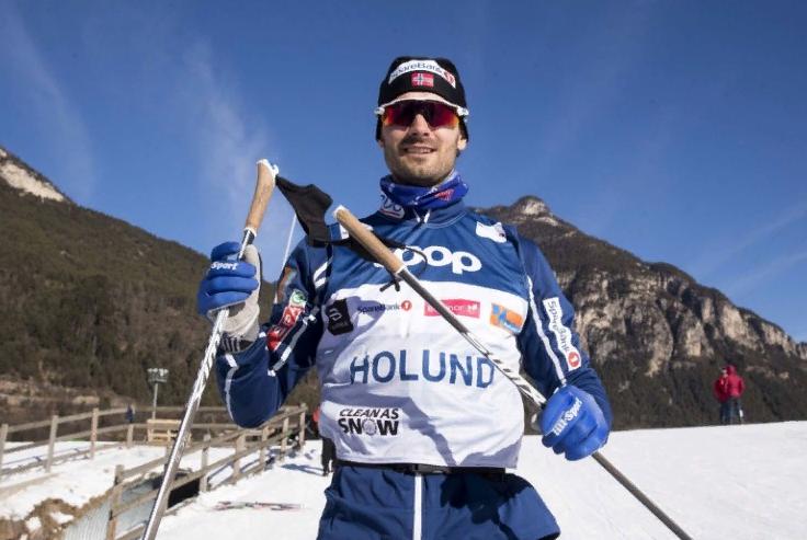 Норвежский лыжник Холунд оскорбил российских спортсменов