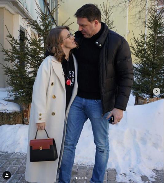 СМИ сообщили о драке Максима Виторгана и Константина Богомолова в центре Москвы