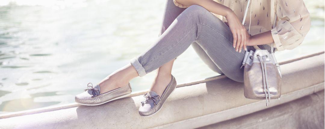 Обувь без каблуков в будни и в праздники: 20 элегантных образов