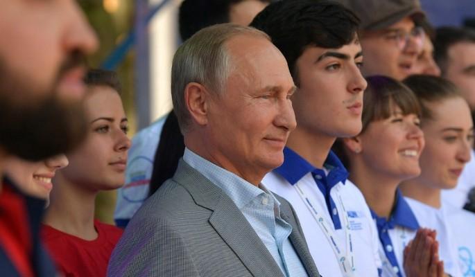 Путин развеселил россиян шут…