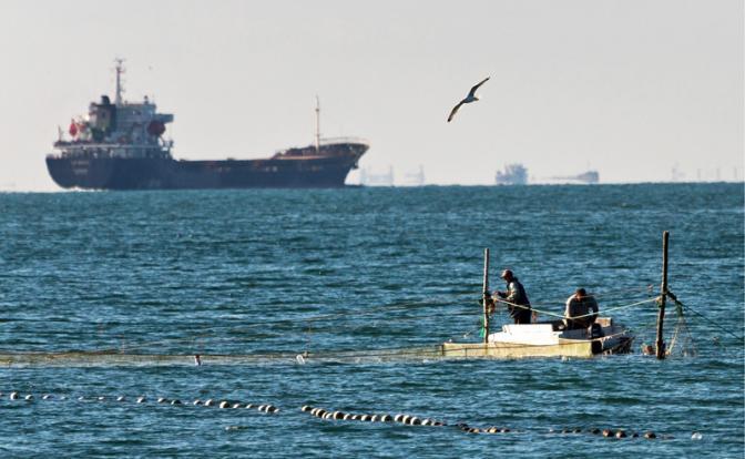 Киев намерен взломать Керченский пролив
