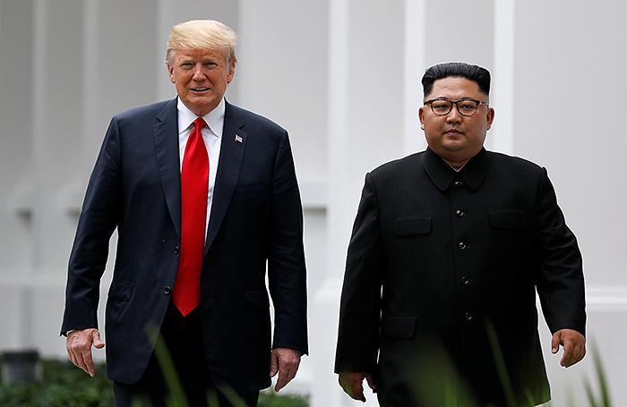 «Мы влюбились друг в друга!» Трамп рассказал о своих отношениях с Ким Чен Ыном