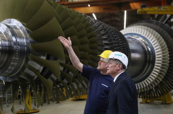 Сюрприз с турбинами и чиновникопад: Крым за неделю