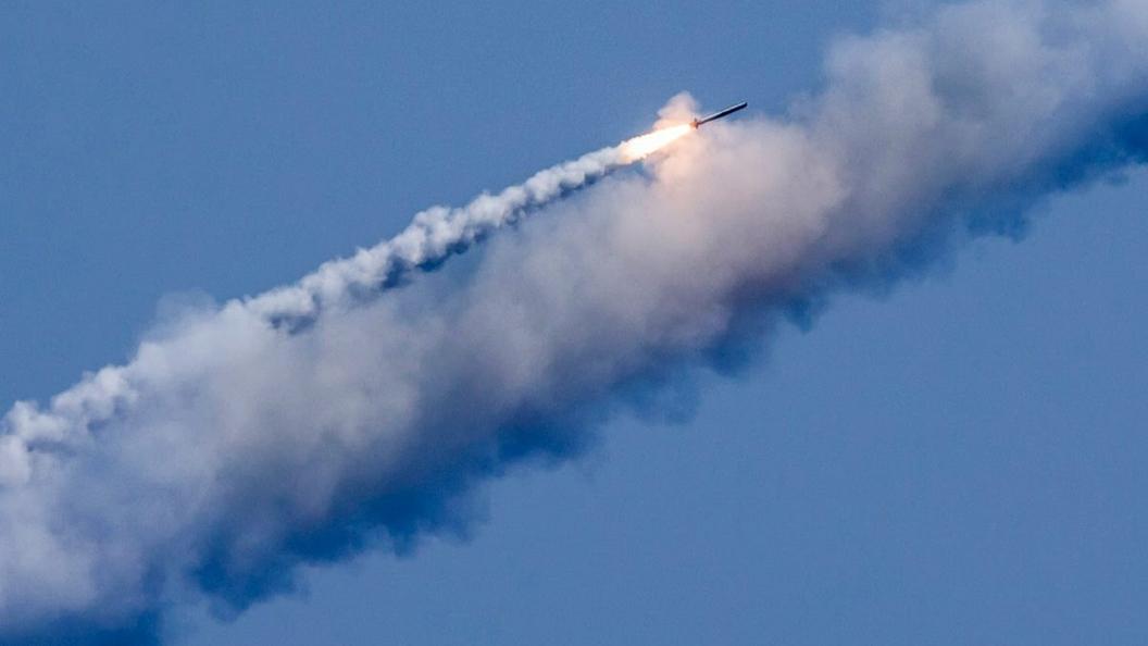 """""""Один залп неядерным оружием - и нет США"""" - Израильский эксперт рассказал, чем опасна Россия"""