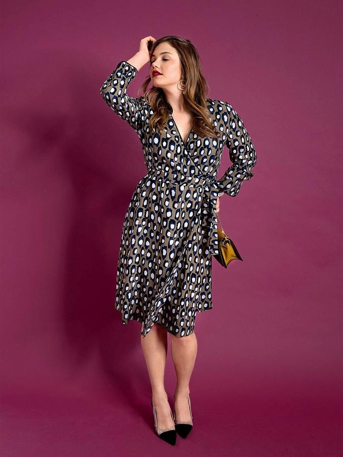 На все времена: самые эффектные платья сзапахом размера plus