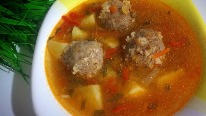 Суп тоже не останется без начинки. /Фото: i.ytimg.com