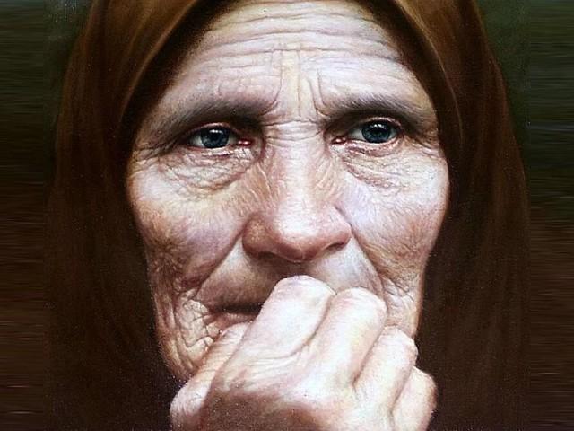 Голову пришлось обрить. Родители моего мужа жили в деревне. С ними проживала старенькая мама свекра…