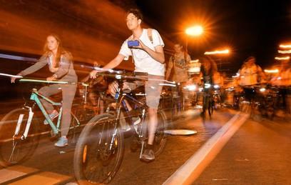 Как прошел четвертый ночной Московский Велопарад