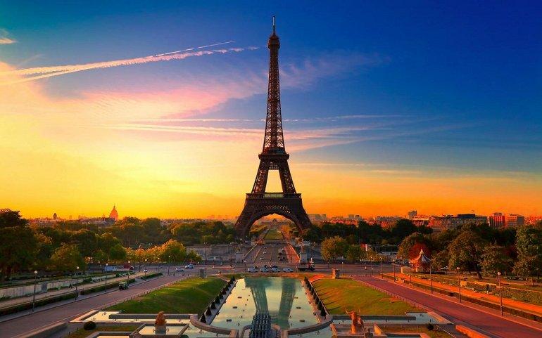 МЕСТА ДАЛЁКИЕ И БЛИЗКИЕ. Достопримечательности Парижа