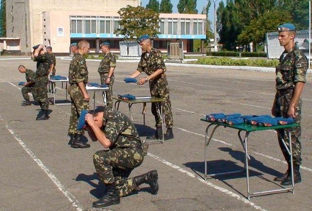 Украинских десантников в очередной раз унизили