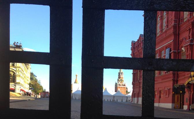 ЧМ-2018: Кремль вместо дружелюбного лица показал миру замок