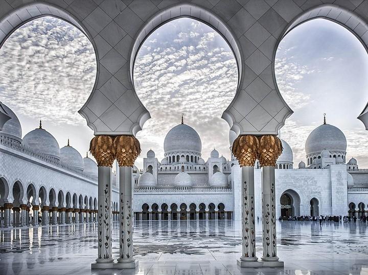 Абу-Даби фото