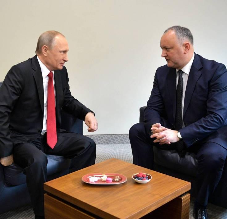 Рывок к России: глава Молдавии Додон берет власть в свои руки