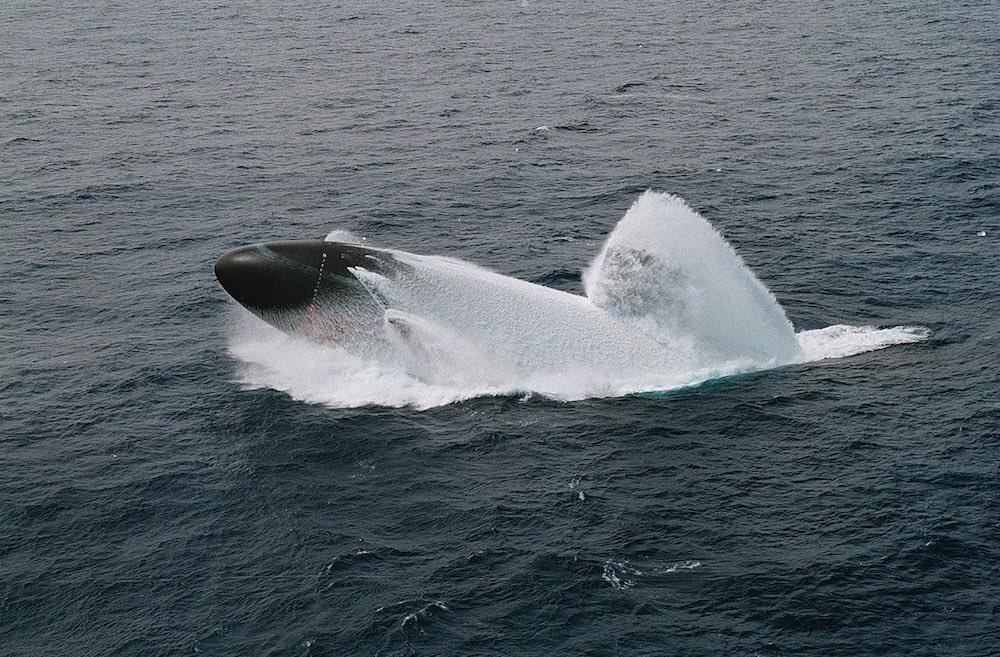 Новая подлодка проекта 677 «Кронштадт» – бесшумное оружие ВМФ РФ
