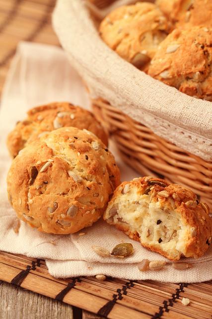 Творожные булочки с семечками