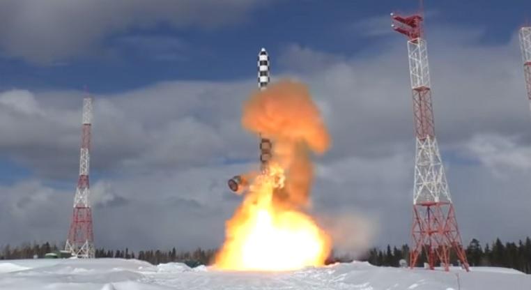 """Серийное производство баллистических ракет """"Сармат"""" начнется в 2021 году"""