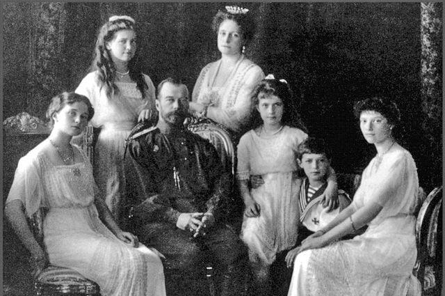 РПЦ прокомментировала заявление СКР о подлинности останков царской семьи