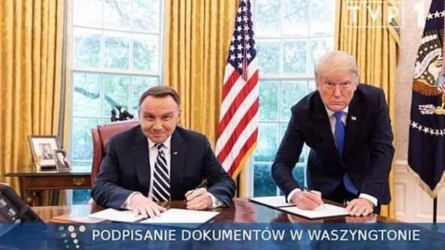 Президент Польши «подколол» Трампа отфотошопленным снимком