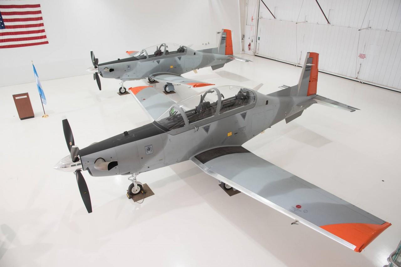 Аргентина получила первые учебно-боевые самолеты Т-6С+ Texan II