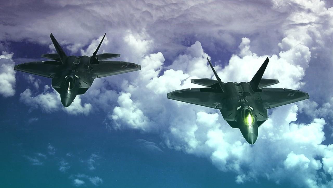 Не могут угнаться за Россией и Китаем: эксперт объяснил, почему ВВС США признали небоеспособными