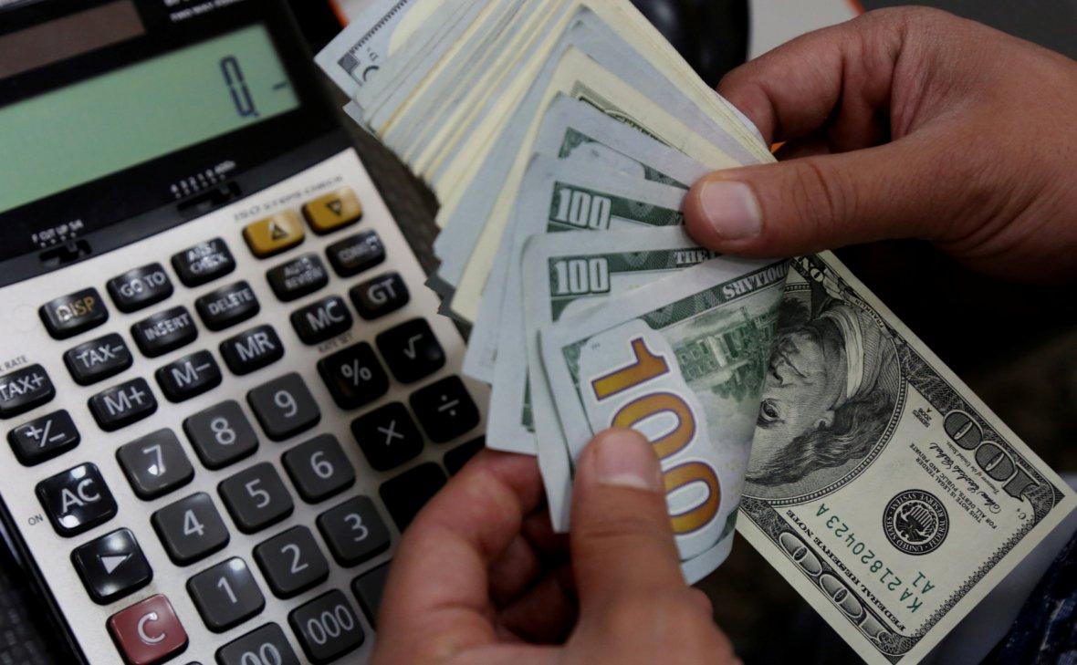 Россия вернулась к сокращению своих вложений в гособлигации США