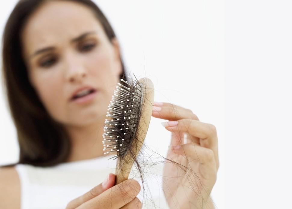 От чего необходимо отказаться при сильном выпадении волос