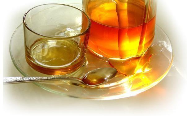 Чем так полезен мед с холодной водой?