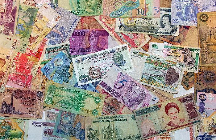 Сказочные валюты. Что думает бизнес о расчетах в юанях, дирхамах и рупиях
