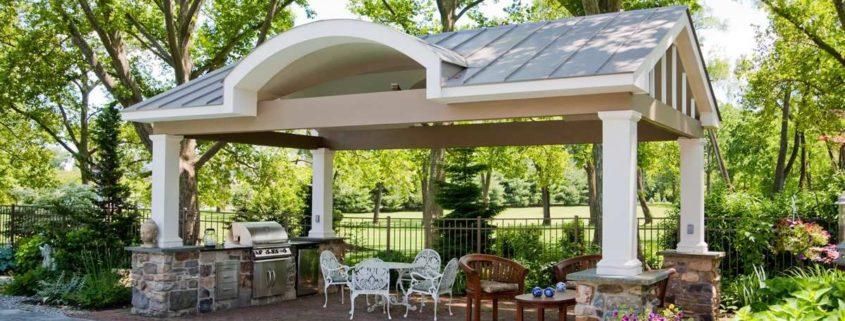 Малая архитектура для комфортного отдыха на природе