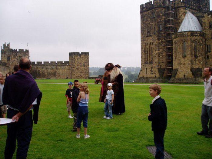 Английский замок Алник - прототип Хогвартса