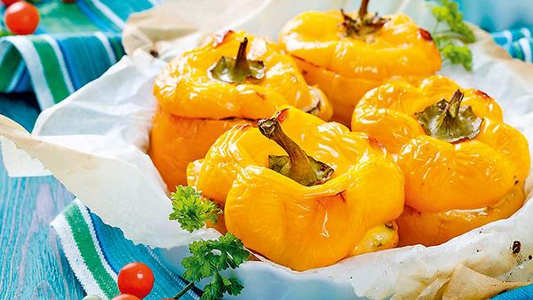 Рецепты от Марии Луговой: салат из дыни, фаршированный перец и варенье из яблок и лимона